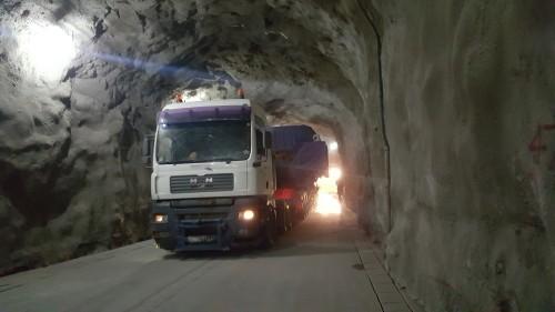 heavy-transport-trucks-ethiopia-djibouti-steder-group-wwpc